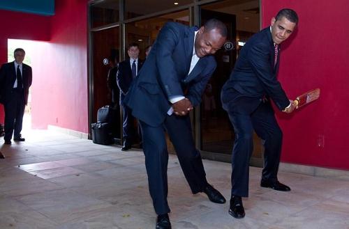 obama_brian_lara_cricket1